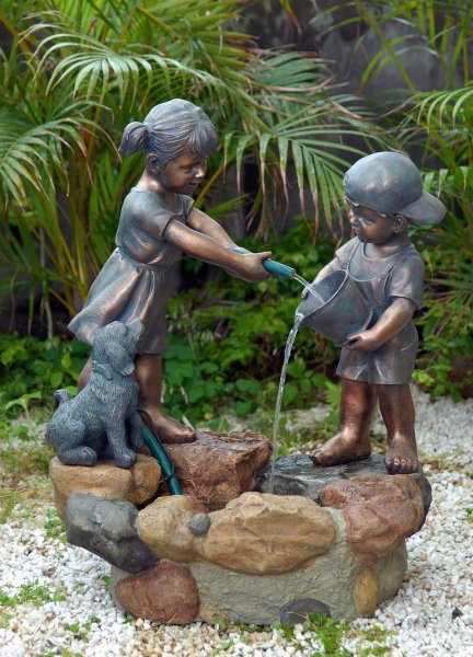 ACTIVA Brunnen Wasserspiel Spielende Kinder Gartendeko Indoor Outdoor Brunnen